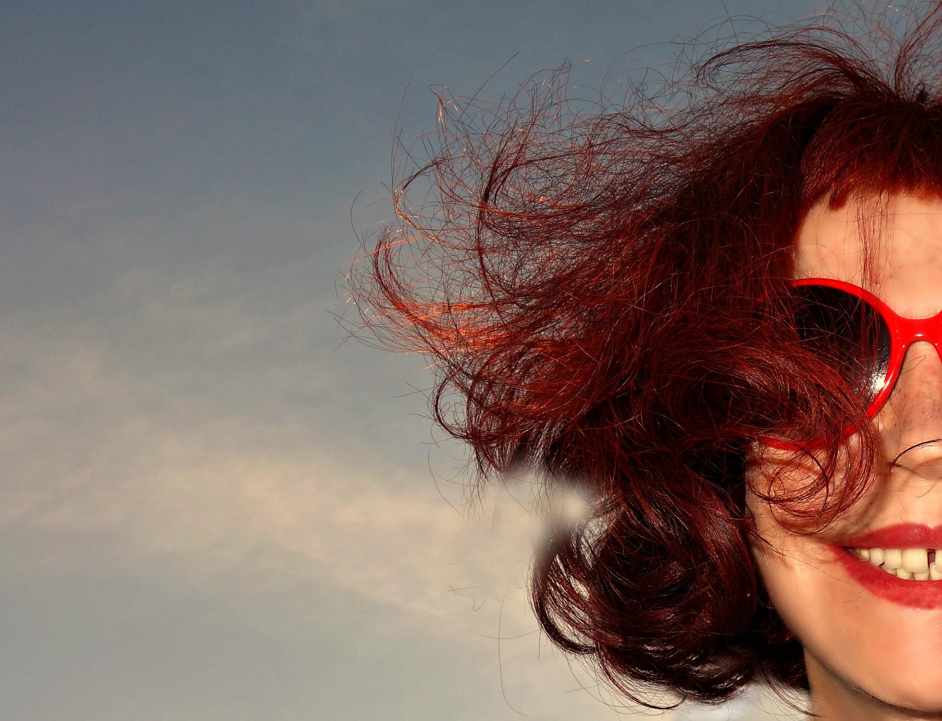 gafas de sol rojas relatos cortos